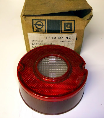 Image of an Opel Manta A series reversing light lens