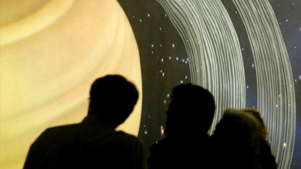Descubren posible vida extraterrestre en la luna de Saturno