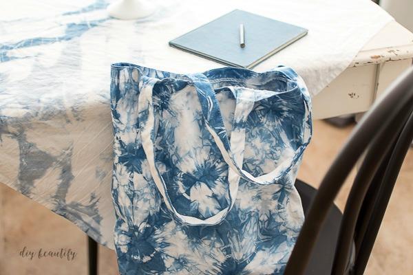 DIY Shibori tote bag
