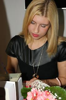 https://www.facebook.com/karolina.sowinska.77?fref=ts