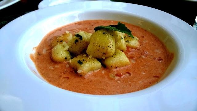 Glasshouse Hyatt Regency Sunday Brunch Vegetarian Vegan Italian Cheese Pasta