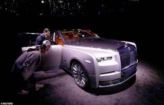 Check Out Rolls-Rocye's New PHANTOM, Costs £350,000