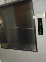 jasa pembuatan lift makanan murah berkualitas serta bergaransi