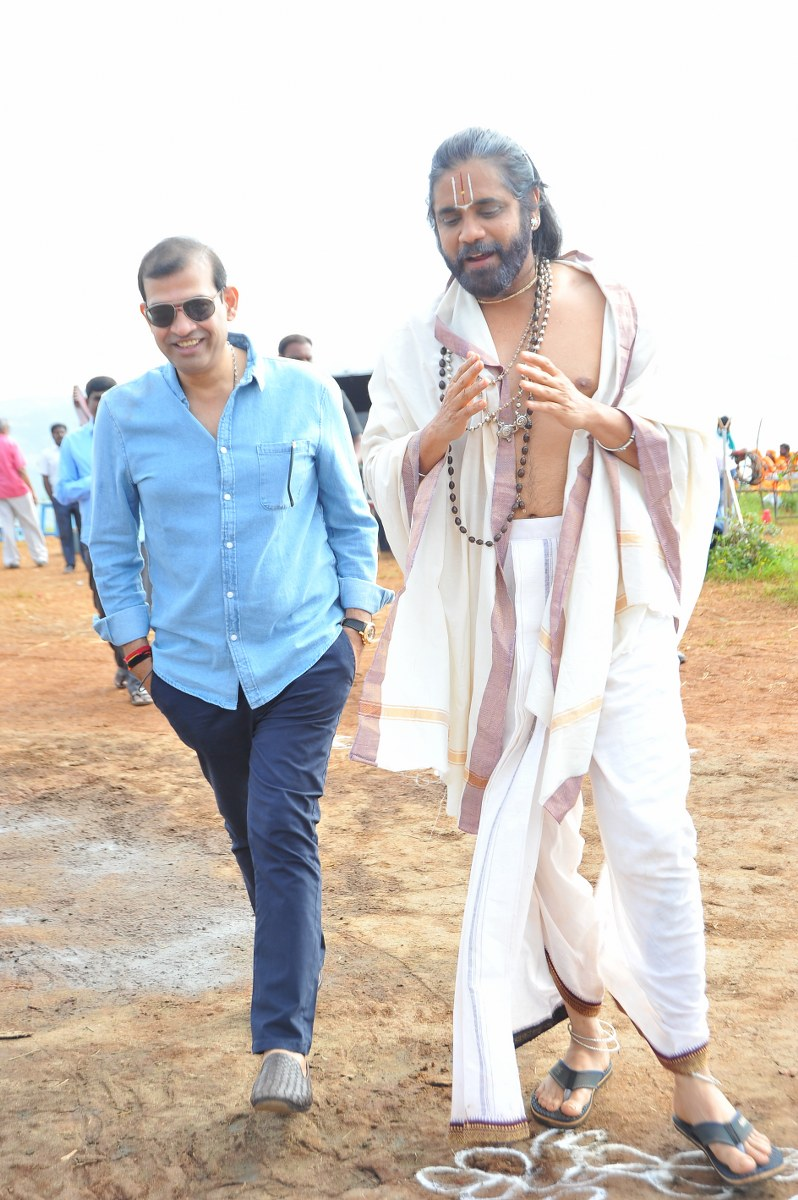 om namo venkatesaya working stills-HQ-Photo-15