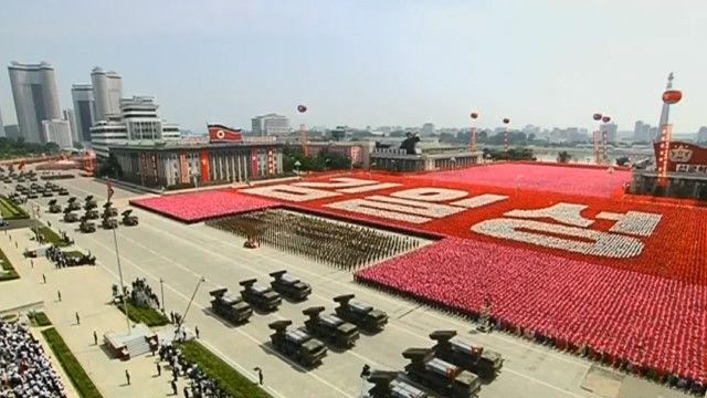 Em suma, a Coreia do Norte emprega uma estratégia esmagadora