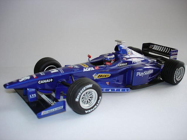 Gambar Replika Model Mobil Balap F1