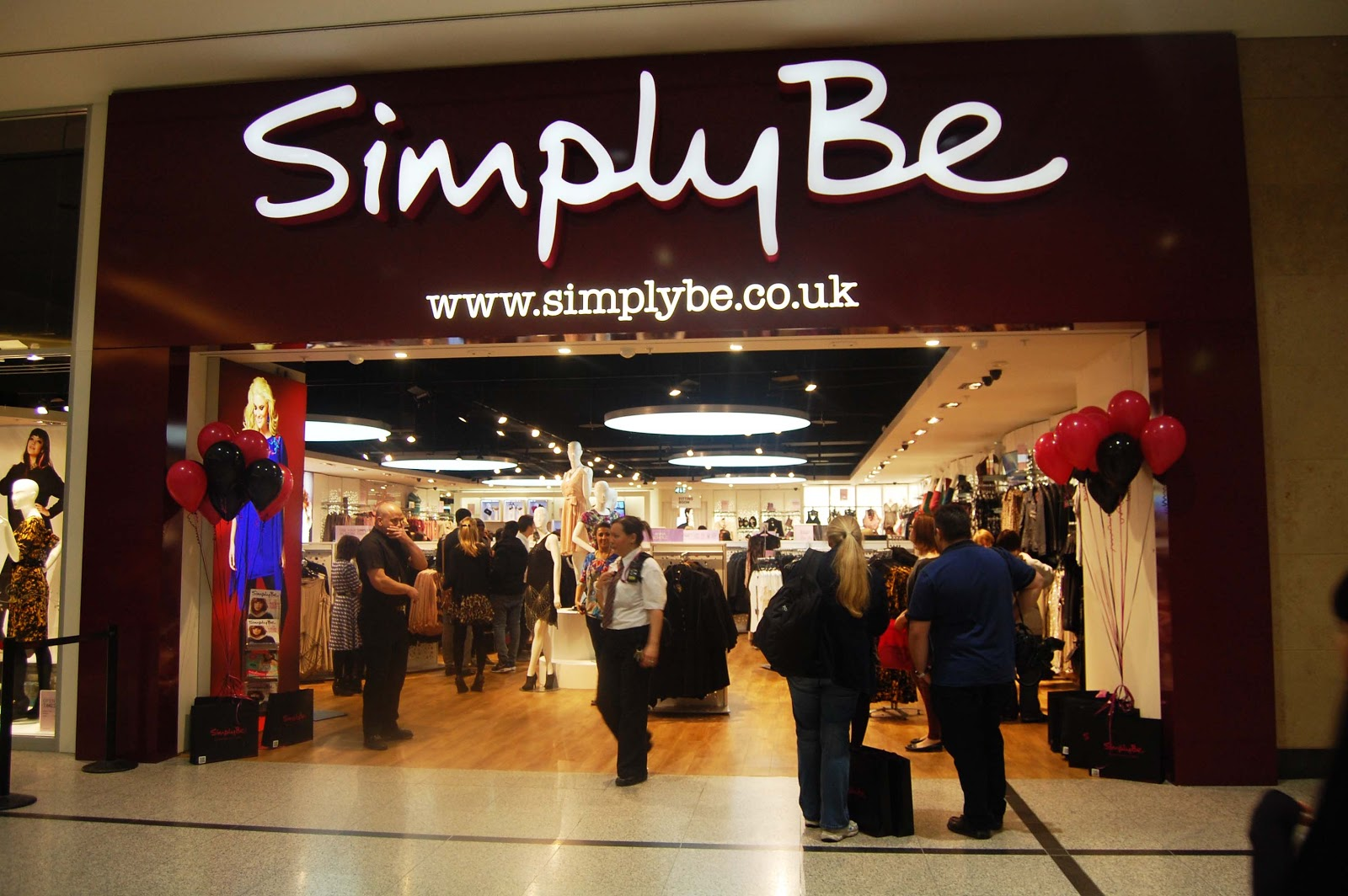 Nov 20, · This is Simply Be. Stay ahead of the curve, get plus size fashion at your fingertips and enjoy shopping without the stress with the Simply Be app! We want our customers to be confident in their curves and believe that style shouldn't come with a dress size/5().