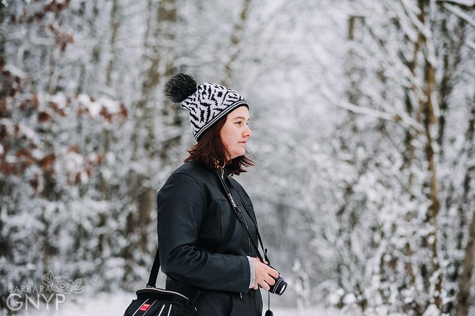 Zimowa sesja plenerowa, Fotograf Niemce, fotograf Lublin, fotograf Lubartów, sesja w lesie, nikkor 85 1.8