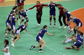 Rusia campeón olímpico femenino handball