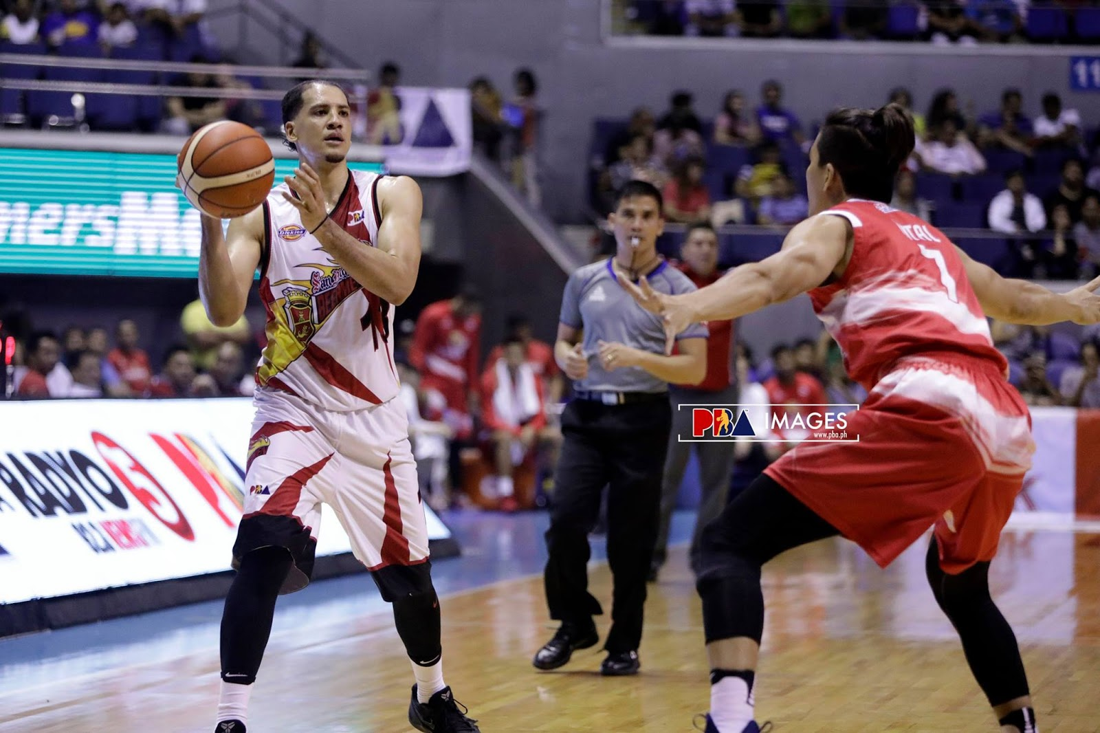 Marcio Lassiter led his team to the semis