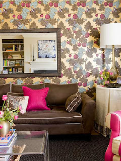 memilih-wallpaper-ruang-keluarga.jpg