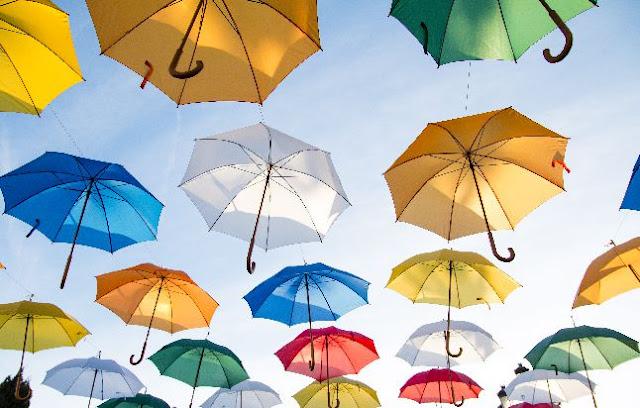 Apakah warna dapat mempengaruhi Mood,payung warnawarni,
