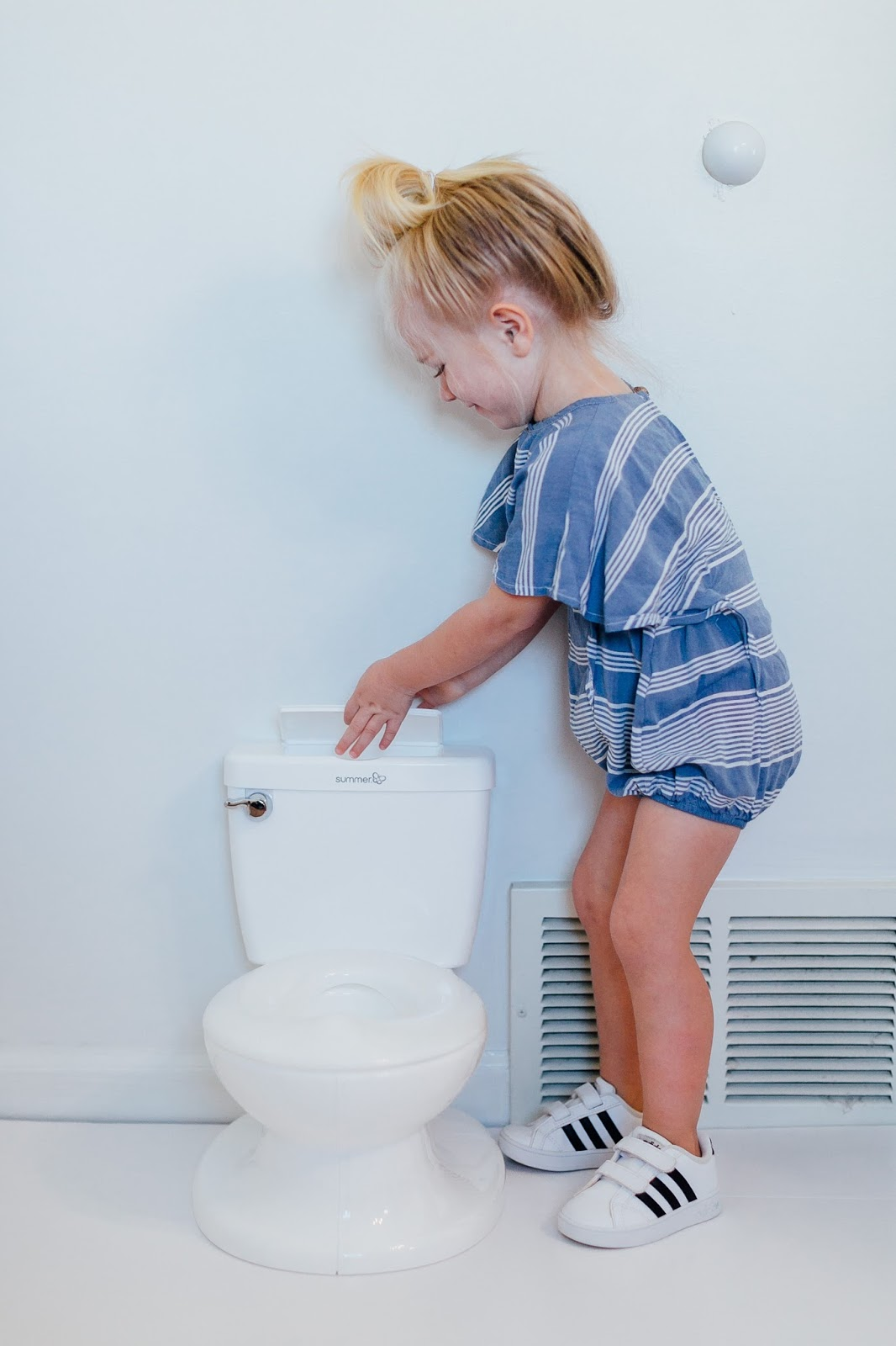 How to Potty Train A Girl in a Week by East Memphis mom blogger Walking in Memphis in High Heels