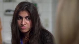 Fui estuprada todos os dias por 6 meses': O inferno da jovem transformada em escrava sexual pelos Muçulmanos do Estado Islâmico