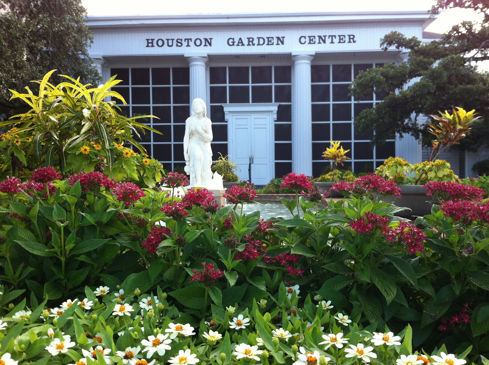 Garden Centre: Houston Walks: Houston Garden Center And Marvin Taylor