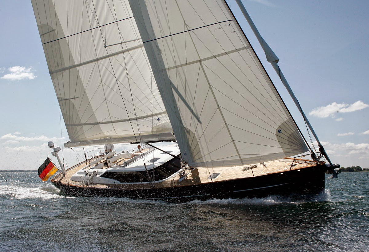 Hall Spars & Rigging: Beiderbeck 60 Launched with Hall Spars