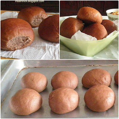 Dark & Soft Dinner Rolls Recipe  @ treatntrick.blogspot.com