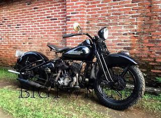 Jual Harley TUA 1951 Harley-Davidson W-Model Flathead 45 Cubic Inch