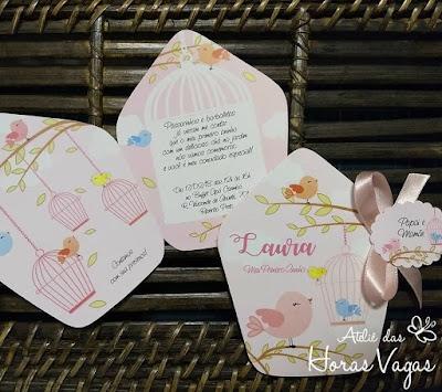convite artesanal aniversário infantil personalizado 1 aninho jardim encantado casinha de passarinho rosa claro candy color menina delicado diferente