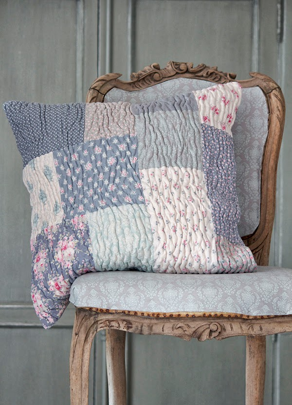 Tilda Sweet Christmas Quilted Patchwork Cushion Pillow