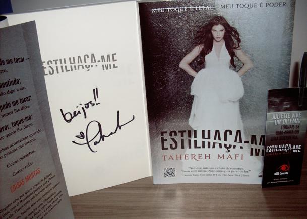 Promo: Concorra a dois exemplares do livro Shatter-me autografados. 18