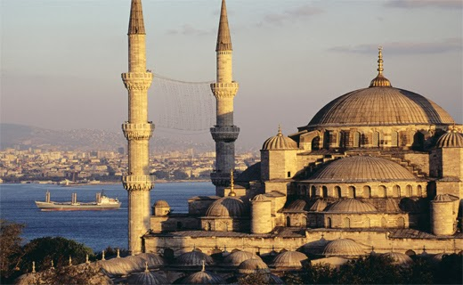 the beautiful mosques of Istanbul erected my Ottoman Turks