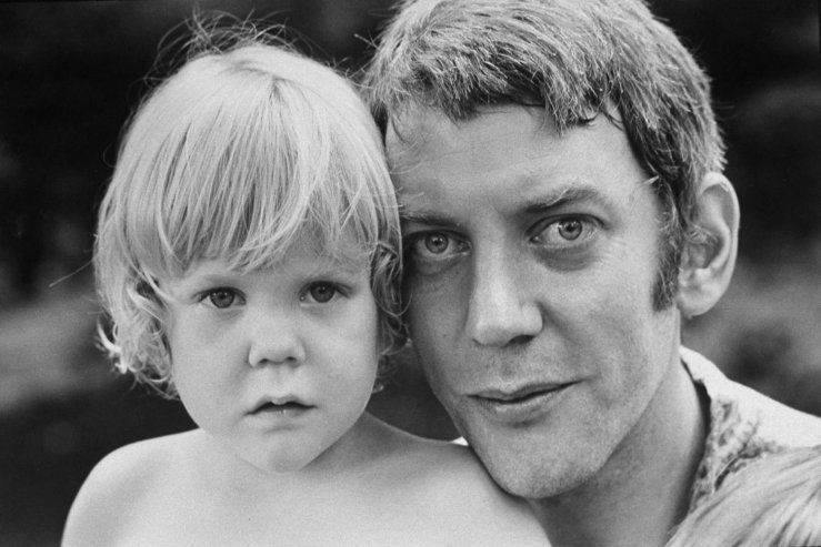 Photos Of Donald Sutherland And His Family In 1970 By Co