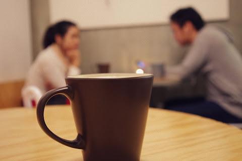 Rettegsz a kínos csendtől az első randin?