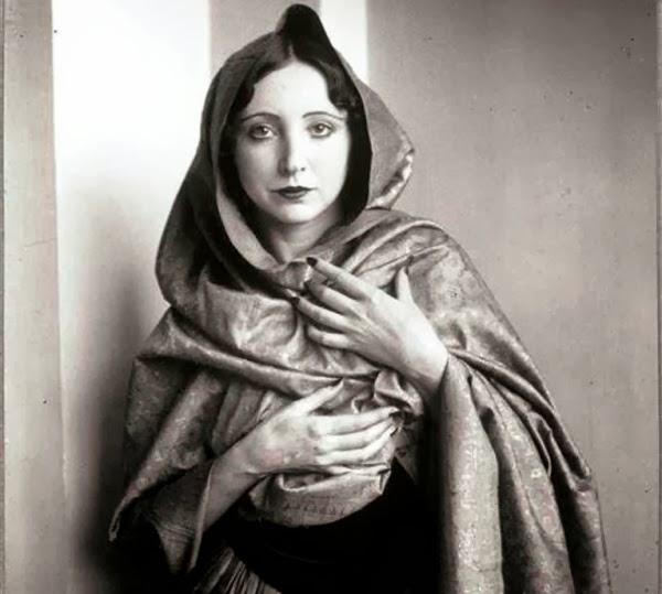 Resultado de imagem para Femina, o Grande da Academia Francesa,1903