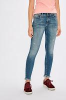 blugi-si-pantaloni-dama-tommy-jeans-7
