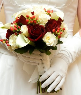 Winter Wedding Bouquet White Flowers