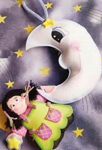 http://translate.googleusercontent.com/translate_c?depth=1&hl=es&prev=/search%3Fq%3Dhttp://fofuchasevacia.blogspot.com.es/%26safe%3Doff%26biw%3D1429%26bih%3D961&rurl=translate.google.es&sl=pt-BR&u=http://fofuchasevacia.blogspot.com.es/2011/08/molde-menina-na-lua.html&usg=ALkJrhhYjtLq3KIPl1njmNatyj9pY7YL7w