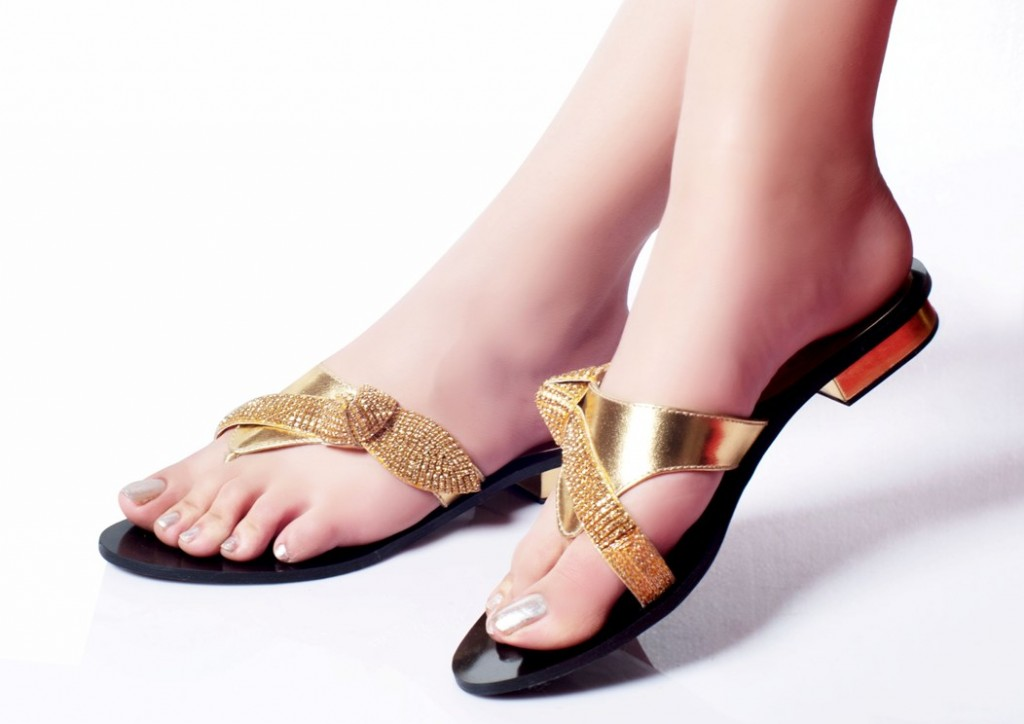 Flat Feet Shoes Online India