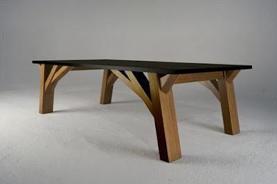 Mesa moderna con un toque de muy ingenioso