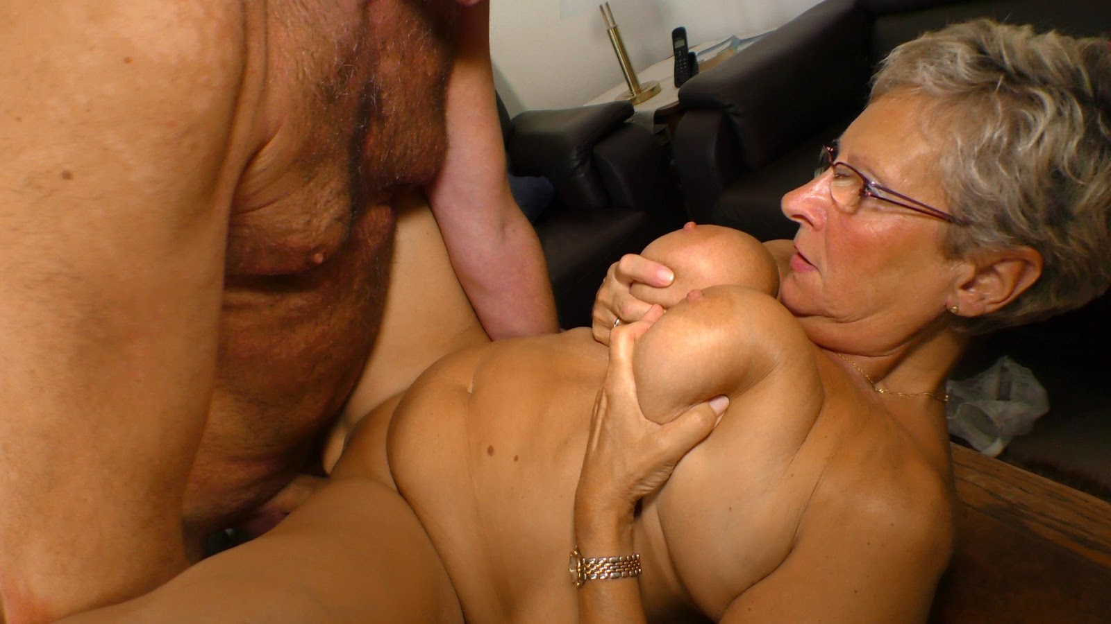 Mature women threesome porn-7191