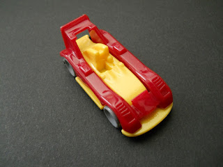 colección de coches en miniatura de kinder sorpresa