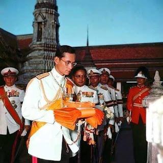 พระมหากษัตริย์ผู้ทรงยึดมั่น ในคำสอนพระพุทธศาสนา