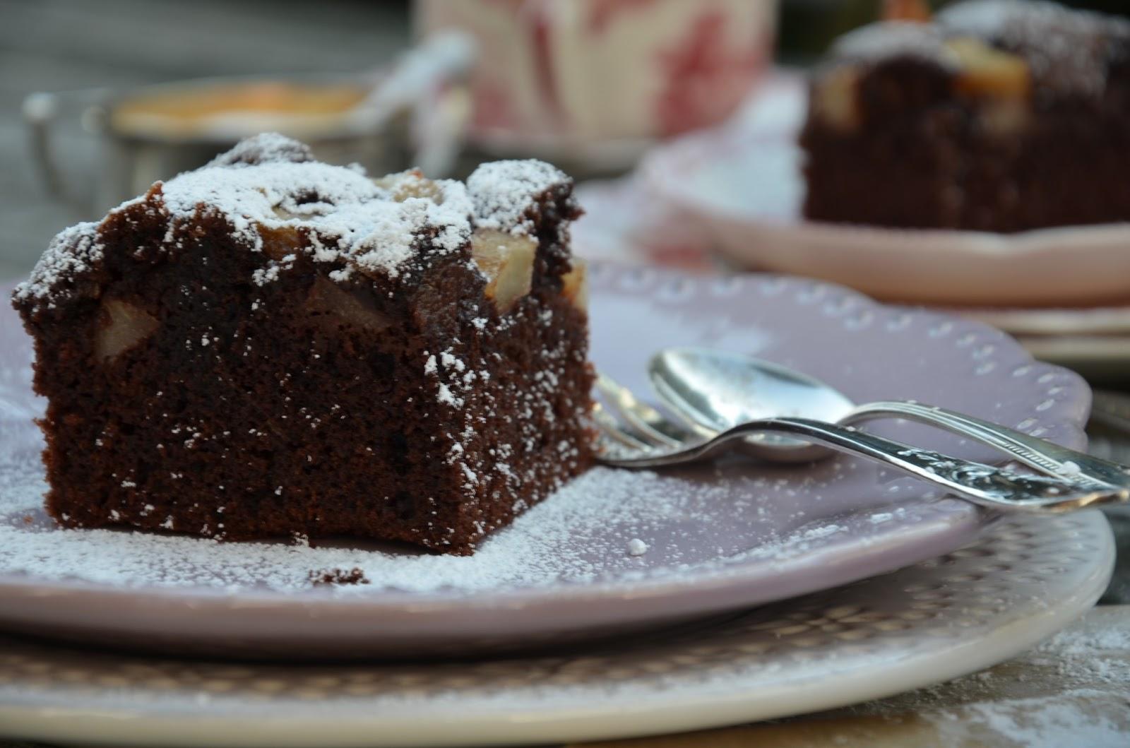 Super Saftiger Schokoladen Birnenkuchen