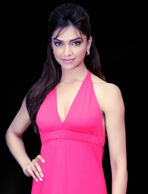 Dress No. 28 - Deepika in Pink Gown