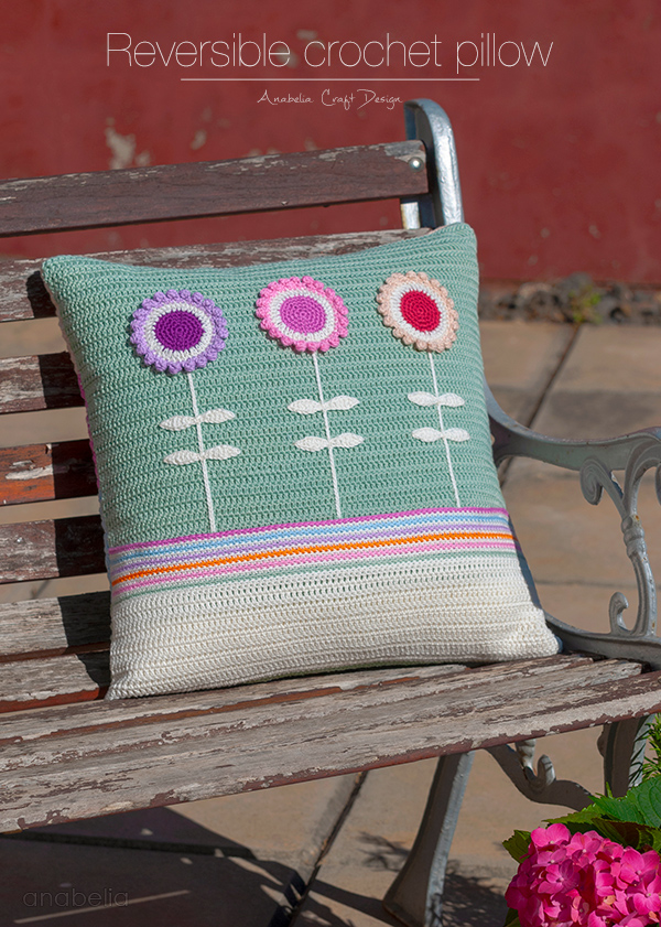 Reversible crochet pillow