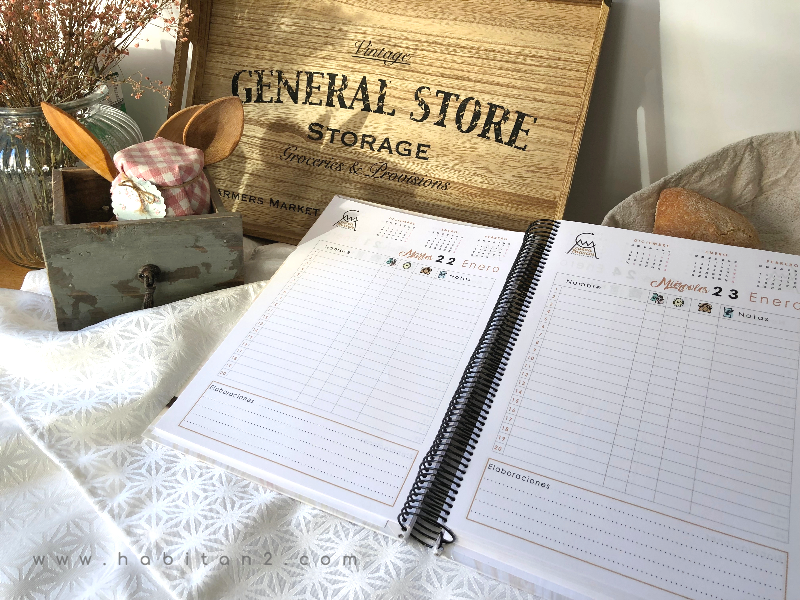 Libro de reservas hecho por encargo by Habitan2 | Diseño y decoración de papelería y eventos