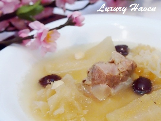 cny reunion dinner pear snow fungus soup recipe