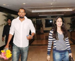 Yusuf Pathan With His Wife