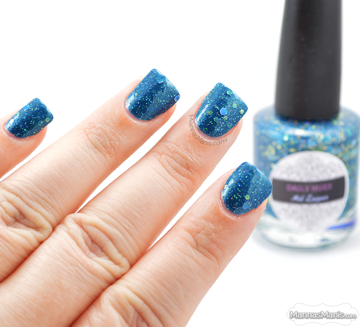 andrea from daily hues nail lacquer, a blue crelly with gold holographic glitter
