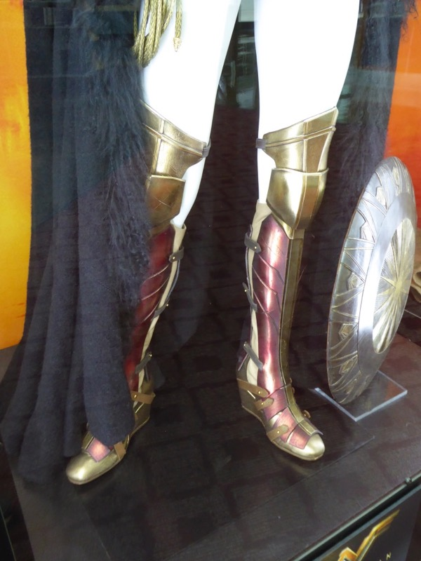 Wonder Woman movie costume boots shield