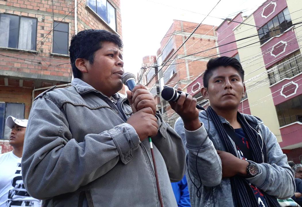 Gutiérrez fue aclamado en cabildo que desconoció comisión de fundadores / FM BOLIVIA