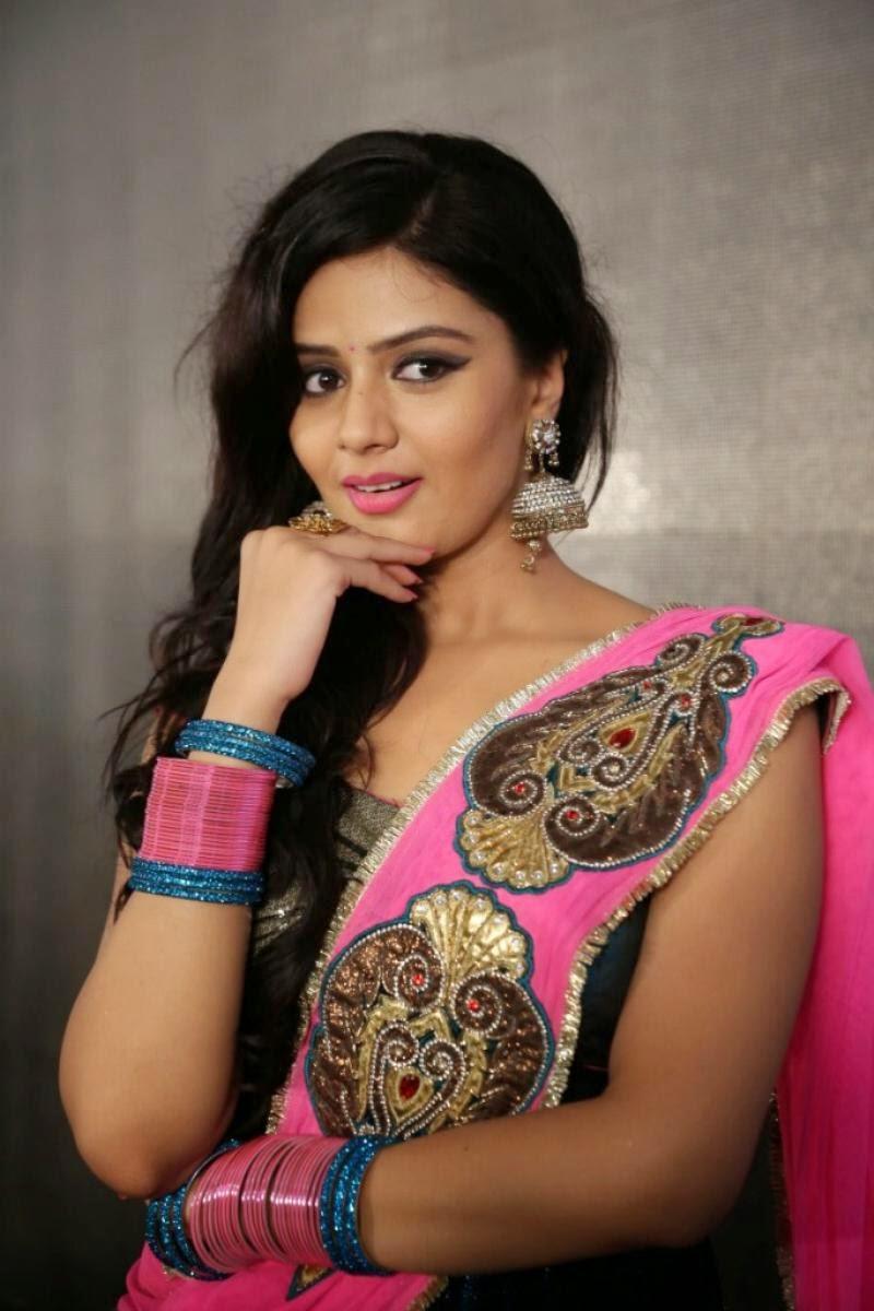 Srimukhi hot navel pictures, Srimukhi hot half saree photos, Actress ...