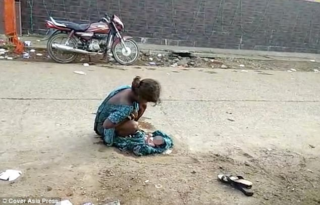 viral bersalin di khalayak ramai
