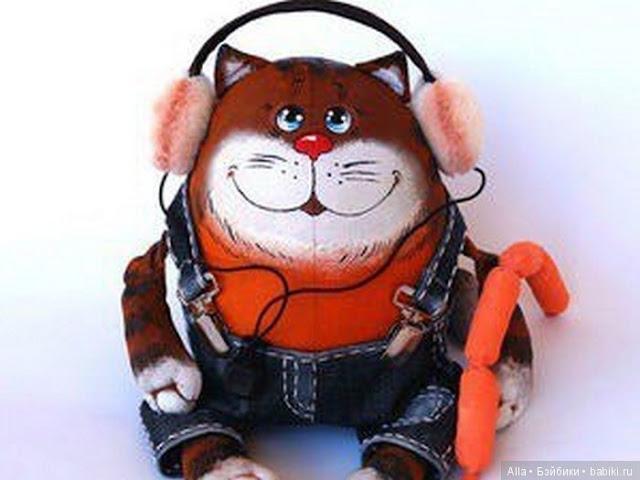Gato juguete de trapo con moldes