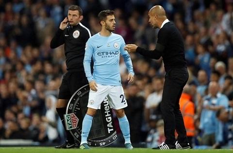 Bernardo Silva thừa nhận chịu ảnh hưởng từ lời tư vấn của Ronaldo và Nani khi được Man City quan tâm